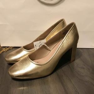 NWT Gold H&M Chunky Heels Size 8